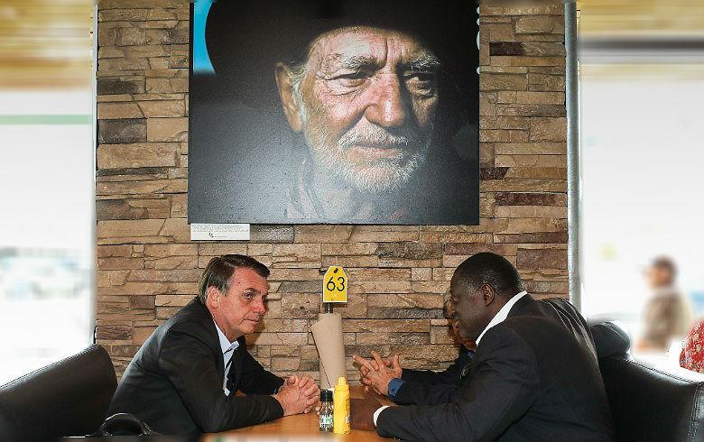 Bolsonaro e Willie Nelson