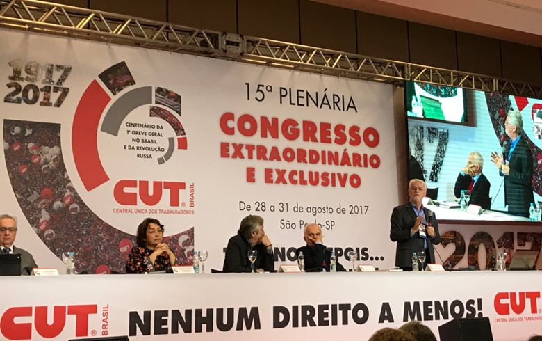 congresso cut.jpg