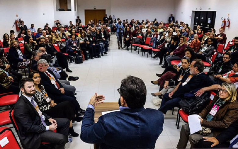 Tribunal popular da Lava Jato