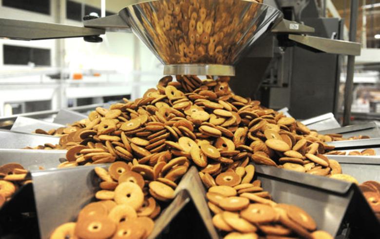 Indústria fecha 1,3 milhão de vagas em quatro anos, reduz salários e diminui desconcentração