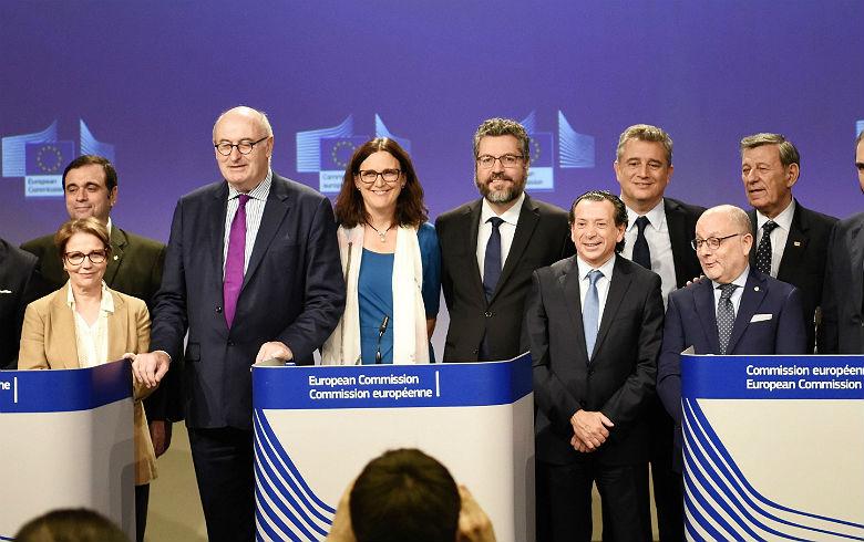 Questão ambiental pode travar acordo Mercosul-União Europeia, alerta Belluzzo