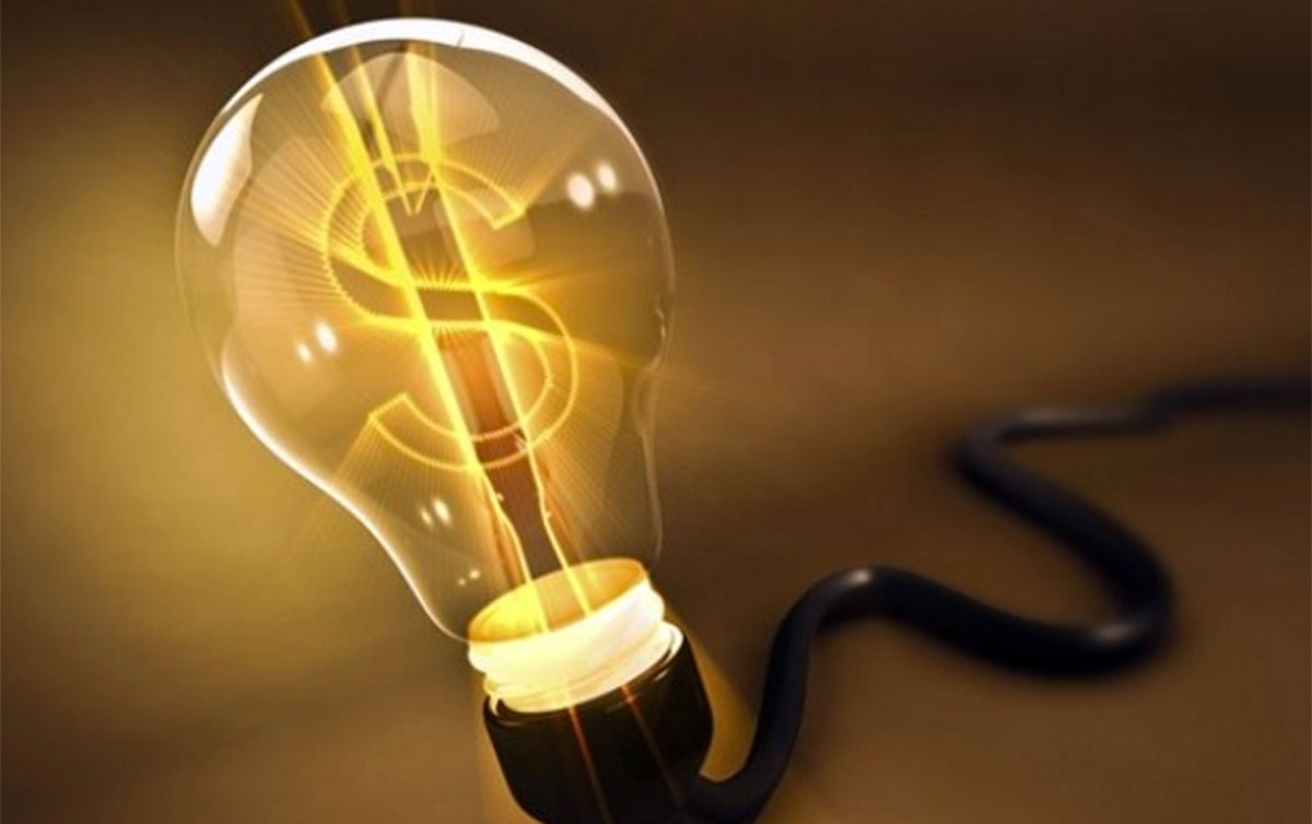 Na 'prévia' da inflação, preços de combustíveis caem, energia elétrica e gás sobem