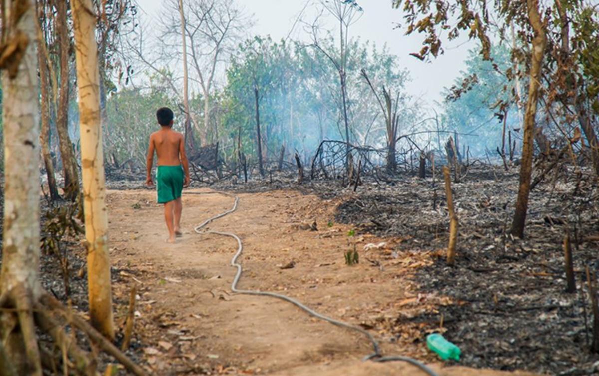 Empresas europeias temem penalizações com incêndios na Amazônia e devem suspender acordos com o Brasil