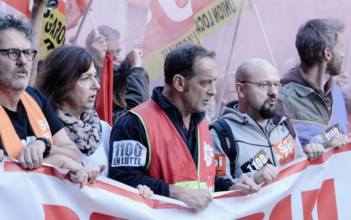 Sindicatos buscam novas formas de organizar trabalhadores contra decisões que retiram direitos