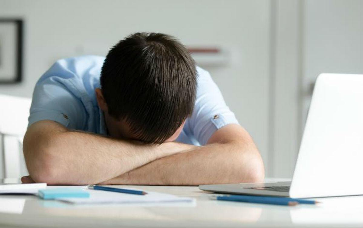 Síndrome do esgotamento profissional é agravada por trabalho precarizado