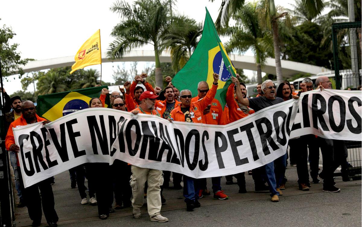 """Resultado de imagem para petroleiros greve"""""""