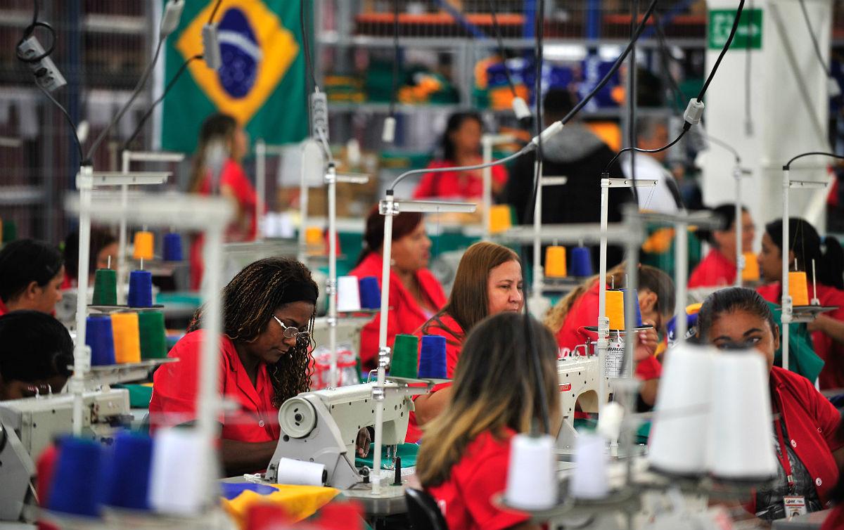 Programa Verde Amarelo deve criar 271 mil empregos, e não 1,8 milhão, como governo Bolsonaro anunciou