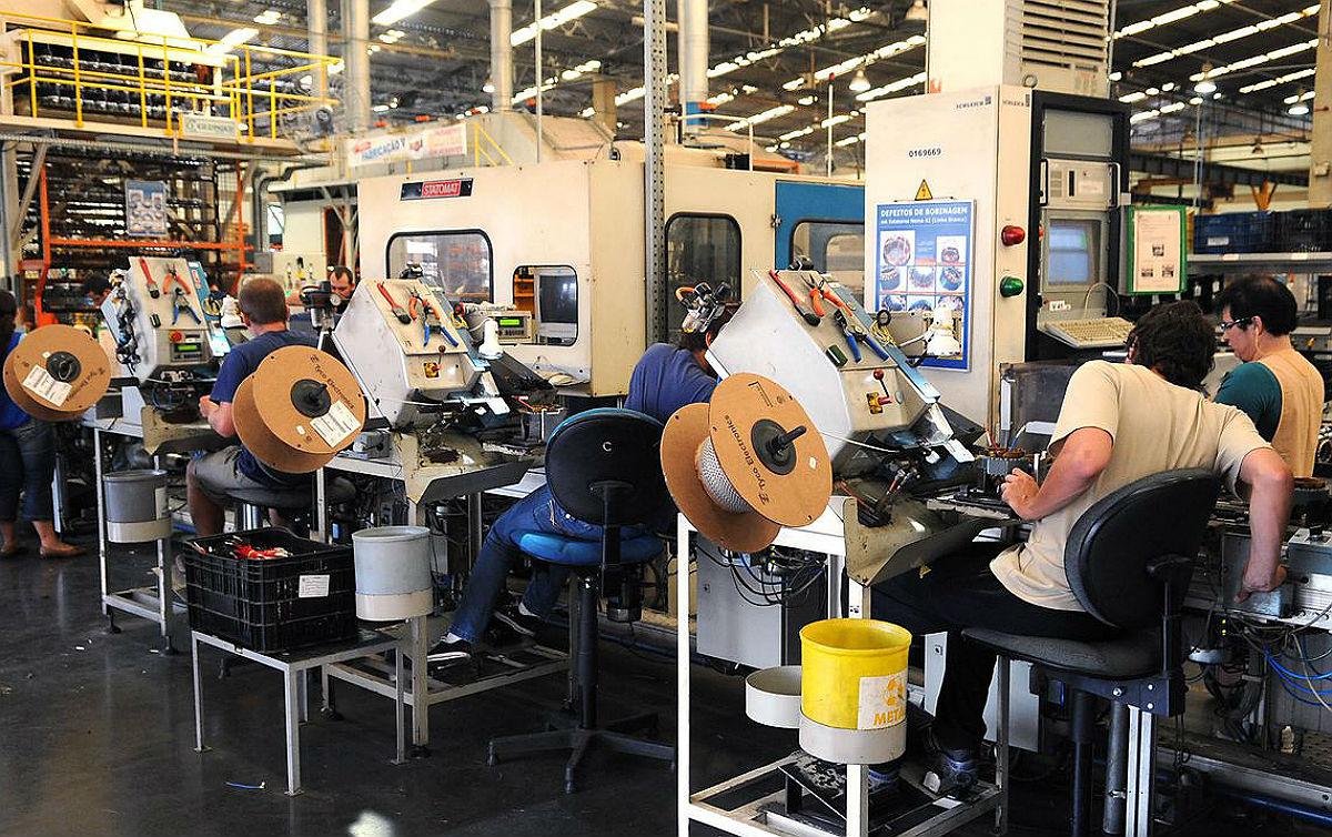 Fraco desempenho da indústria mostra fragilidade da economia brasileira