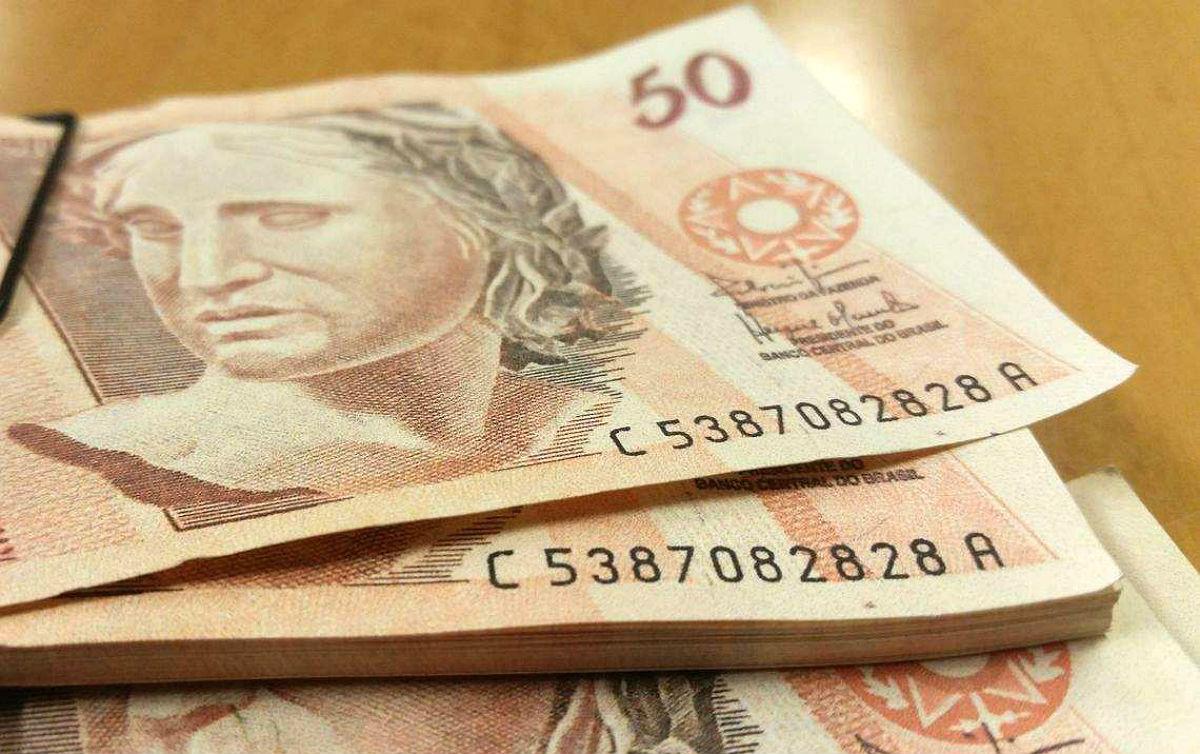 'Chegou a hora de os ricos contribuírem', diz professor da USP