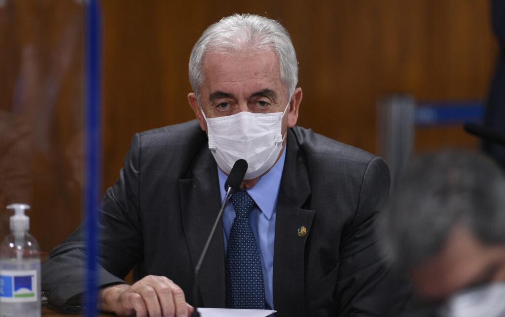 Edilson Rodrigues / Agência Senado campo de testes cloroquina